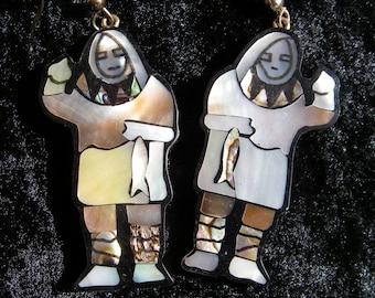 Vintage Alaskan Shell Inlay Pierced Earrings, Mother of Pearl Abalone Shell Inuit Eskimo With Fish, Alaskan Art Jewelry,  Shell  Earrings