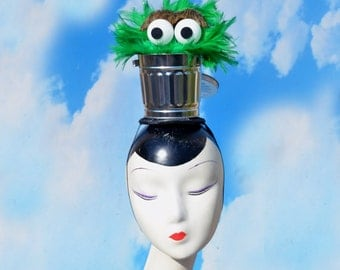 TWO Piece Oscar the Grouch Trash Can Hat Green Costume Cosplay Drag
