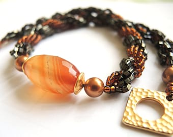 Beadwoven Necklace/ Spiral Rope Necklace/ Agate Pendant/ Autumn Necklace