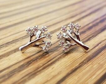 16g Diamond Tree Studs! Choose color!