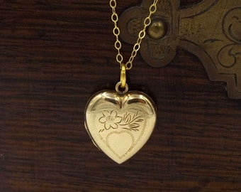 9ct Gold Heart Locket On A 9ct Gold Chain | Vintage Engraved 9ct Back And Front Locket | 9k Pendant Locket Necklace