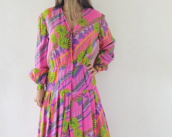 Vintage retro dress from the 70s handmade.