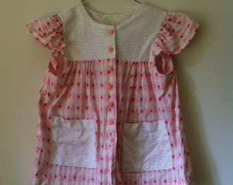 SALE!  Cute Vintage Handmade Pink and White Girls Dress or Tunic ~ Size 3/4