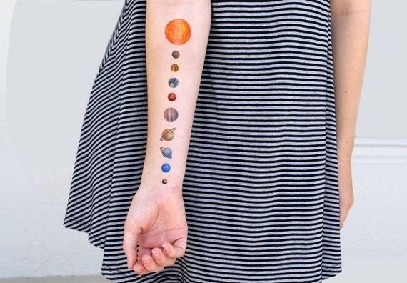 Syst me solaire plan taire tatouage temporaire 1 pc par totalpansy - Tatouage systeme solaire ...
