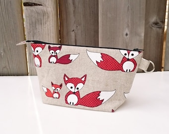 Knitting Notions Bag in Fox print, Notions Pouch, Small Wedge Knitting Bag in Natural Beige Linen / Cotton with Fox
