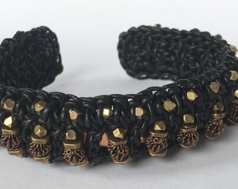 Beaded leather cuff - black