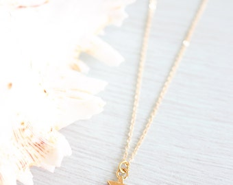 Tiny gold star necklace - Little gold star necklace - Small gold star necklace - Gold star pendant - Space necklace - Tiny gold necklace