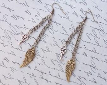 Steampunk Key Earrings, Steampunk Jewelry, Steampunk Wing Earrings, Chain Earrings, Steampunk Earrings, Dangle Earrings, Handmade Jewelry