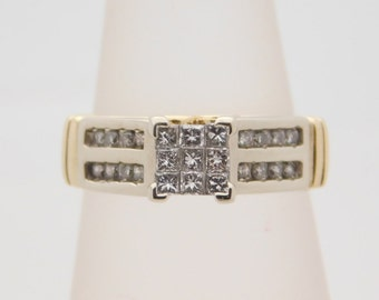 1.00 Carat T.W. Princess & Round Cut Diamond Engagement Ring 10K