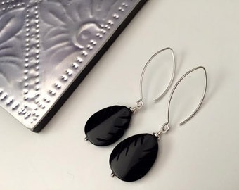 Black Agate Gemstone Earrings, Sterling Silver, Drop earring,Leaf shaped, thehappylittlebeader