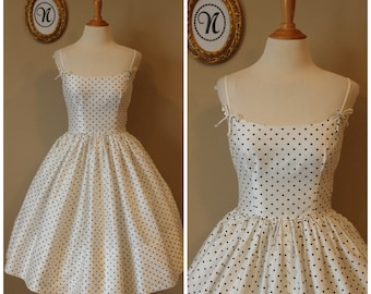 Vintage 1950s ~ 50s Polka Dot Swing Dress