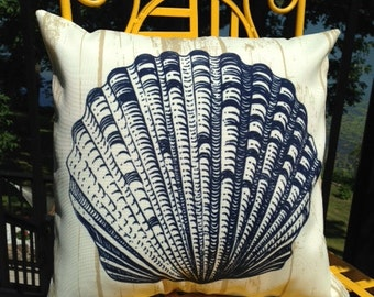 Cream Outdoor Pillow Cover with Navy Blue Shell