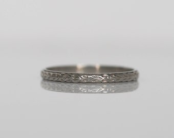 Circa 1920 - Vintage 18K White Gold Engraved Wedding Band - VEG#520