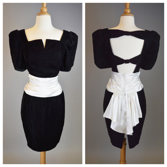 Vintage 80s, Retro, Black Velvet, Prom Dress // 1980s, Cocktail Party, White Sash, Bow, Womens Size Small
