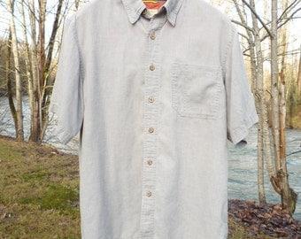 ROYAL ROBBINS Hemp blend medium, gray short sleeve , with hidden button down collar buttons.