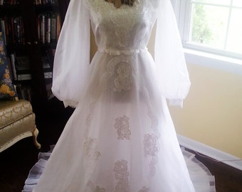 Sheer Glory! Vintage Organza and Lace