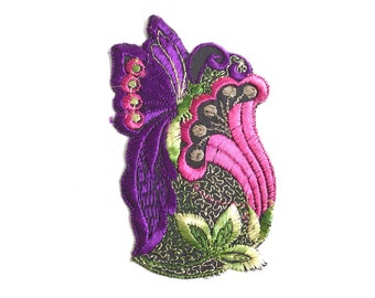 Applique, butterfly on flower applique, 1930s vintage embroidered applique. Vintage floral patch, sewing supply. #5E6GCCK8
