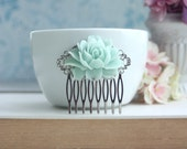 Mint Rose Flower Hair Comb, Soft Mint Wedding Hair Accessory, Green Hair Comb, Bridal Hair Comb, Bridesmaid Hair Piece, Wedding Hair Piece