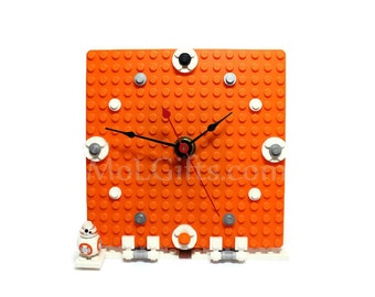 Geek Clock, made from Star Wars LEGO ® Pieces and BB-8 Minifigure, BB-8 Clock, Star Wars Clock