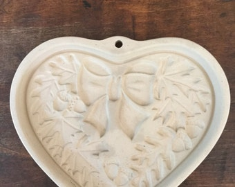 CLEARANCE Autumn Wreath Cookie Mold, Candy Mold, Paper Mold, Wax Mold, Stoneware, Heart shape