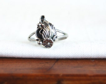 Squash Blossom Ring Size 6 .5 Sterling Silver Vintage Native American Desert Blossom Cactus Bloom Southwestern Jewelry