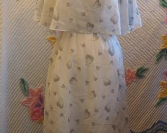 1970s Vintage Heart Flutter Dress, Flutter Sleeve Dress, Pretty Graphic Heart Print 70s Day Dress