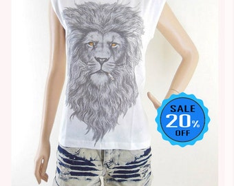 Lion Smoking Shirt Animal Tshirt Lion Tee Cool T Shirt Funny Top Gilf for her Women Graphic Tee Women T Shirt Teenage Screen Print Size S