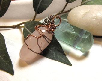 Boho Gemstone Rose Quartz Necklace Wire Wrapped Natural Stone Pendant Rustic Copper Wire