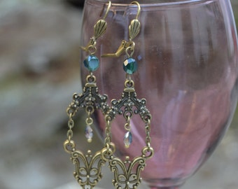 Emerald earrings long dangle earrings, green jewel earrings antique style, chandelier emerald earrings, Emerald Victorian earrings