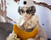 Pierrot et la lune marionette art doll, needle felted circus ooak poseable puppet, whimsical carnival art doll, vintage style romantic doll