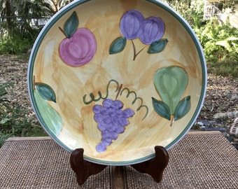 "Caleca ""Frutta"" hand painted 11"" Dinner Plate from Italy.  Exquisite quality of workmanship"