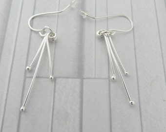 Silver dangle stick earrings, Hand forged earrings, Fine silver earrings, Dangle bar earrings, Silver wire earrings, Long silver earrings