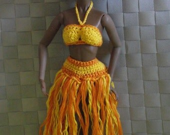 Hand Knitted orange and yellow swimsuit for Momoko doll / Dynamite Girls/Monsieur Z dolls