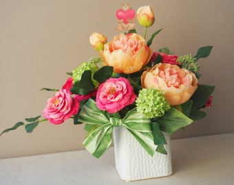 Composition floral artificial Peony and rose garden, snowball / / bowtie foliage / / message heart and teddy bear card