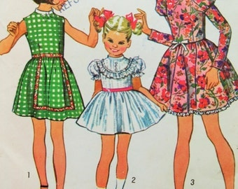 Vintage Simplicity 9952 Sewing Pattern, 1970s Girl's Dress, 1970s Dress Pattern, Chest 27, Puffed Sleeve Dress, 1970s Sewing Pattern