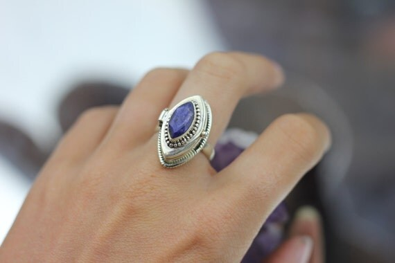 CRYSTAL BOX RING - Lapis Lazuli Ring - Perfume box ring - Sterling Silver - Vintage Ring - Bespoke - One of a kind - Mantra Ring - Opens!