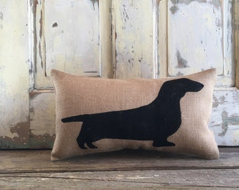 Burlap Pillow - Dachshund Pillow | Wiener Dog Pillow | Dachshund | Father's Day Gift | Gift for Mom | Mother's Day Gift | Sausage Dog