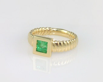 Emerald Engagement Ring, princess cut emerald ring,May Birthstone Ring, Green Gemstone Ring.