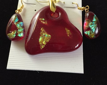 Heart of Gold fused glass pendant and earrings