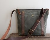 Waxed Canvas and Leather Masculine Purse in Green
