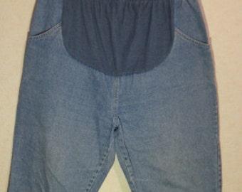 Maternity  denim Shorts, Medium size,maternity Shorts,maternity clothes