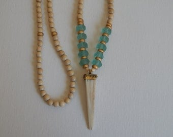 Bone tusk necklace with aqua blue glass and natural wood beads, beach chic, boho style, resort wear, summer fashion, layering necklace