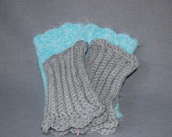 Gray Scalloped ribbed fingerless gloves - Ready to ship