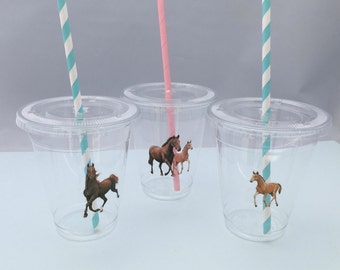 Horse Party Cups with Lids and Straws, Plastic Horse Party Drink Cups, Equestrian Party Cups