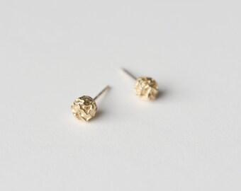 pepper earring | minimalist jewelry | silver stud earring | gold stud earrings | rose gold studs