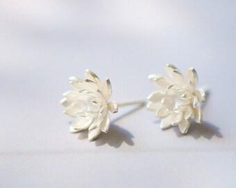 Matte Silver Earrings,Flower Stud Earrings,Tiny Lotus Earrings,ER041,Elegant Floral Jewelry,Christmais Gift,Wedding Earrings