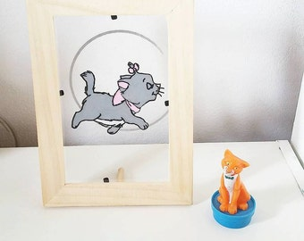 Frame stained glass: Marie (Aristocats)