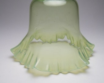 Antique Arts & Crafts opalescent glass light lamp shade vaseline E44