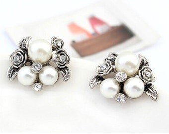 Cluster Earrings. Pearl Cluster Earrings, Vintage Look White Pearl and Crystal Floral Cluster Earrings.