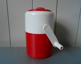 In original box. Vintage plastic Lillo Ice Shaver Crusher by PEDRINI. Made in Italy. Red White Plastic. Retro 70s 80s Kitchenware Barware
